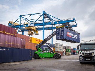 Konecranes Supplies Hybrid Truck for Contargo Company